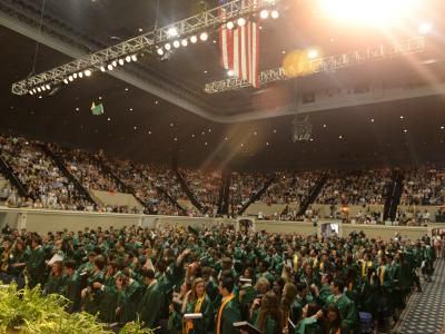 picture of crowd at graduation ceremony